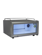 Kleiner, Flacher, Silberner Kühlschrank mit Glastür