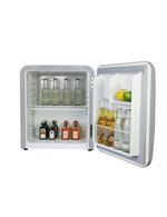 Befüllter Retro-Kühlschrank - Detailbild- des silbernen Miami