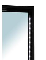 Detailbild LED Beleuchtung vom schmalen Flaschenkühlschrank