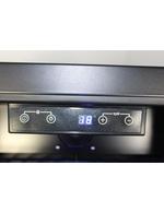 Digitale Temperaturanzeige des Designer Retro Kühlschranks für Wein